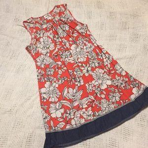 Dresses & Skirts - Floral dress.